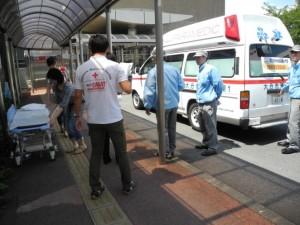 重症患者を後方医療施設へ搬送